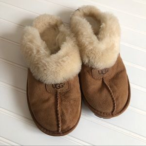 UGG Coquette clog slippers chestnut colored